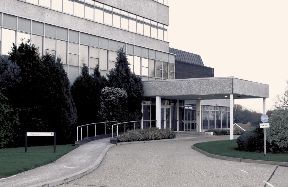 Fujitsu-Building-Bracknell-Front-Door